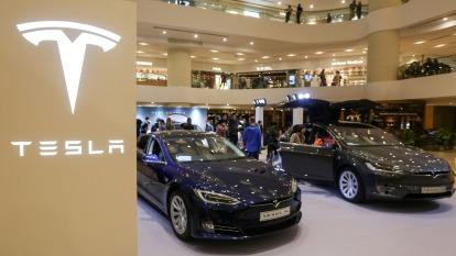 動力轉向系統恐失靈!特斯拉緊急召回北美1.5萬輛Model X。(圖片:AFP)