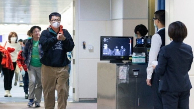 為何湖北病例暴增?放寬標準的「臨床診斷」又是啥? (圖片:AFP)
