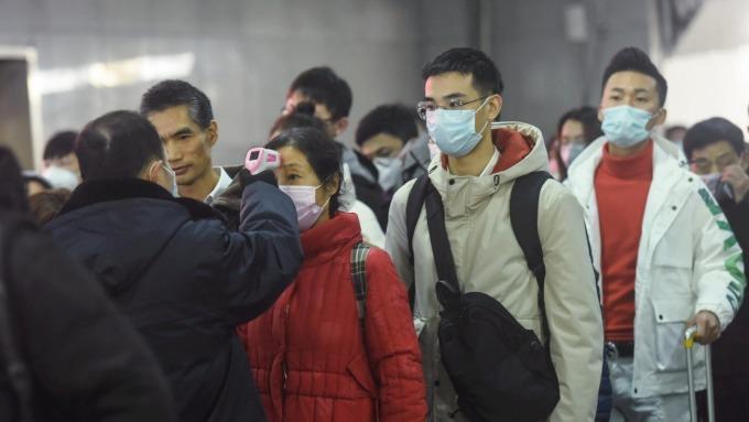 經部證實,口罩禁止出口、徵用計畫將延至4月底。(圖:AFP)