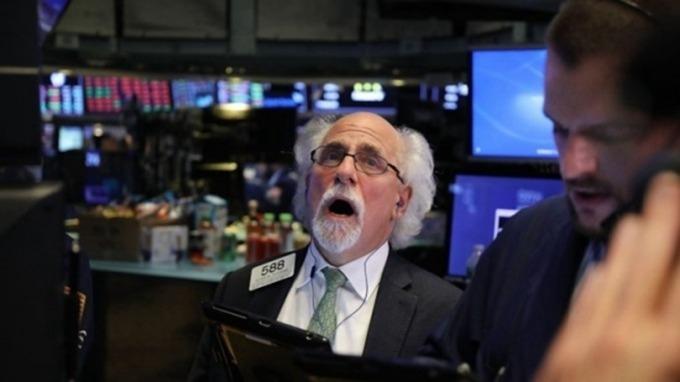 法興大空頭:股市屢創新高 掩蓋了債市危機 (圖片:AFP)