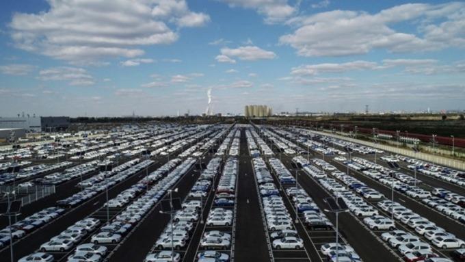 中國一月份汽車銷量創8年最大跌幅 (圖片:AFP)