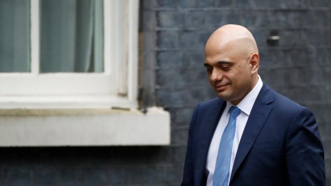 英國財長意外請辭 傳和強生要求撤換幕僚團隊有關 (圖:AFP)