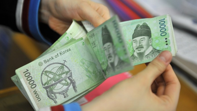 投資人押注南韓央行可能降息,外資連續21日買超南韓債券。(圖:AFP)