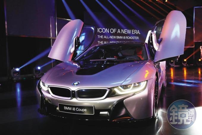 BMW 旗下的電動車 i8,使用艾姆勒生產的晶片散熱模組。(吳貞慧攝)
