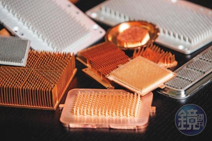 艾姆勒以高技術門檻的粉末冶金製程(MIM),生產用於電動車晶片上的逆變器散熱模組。