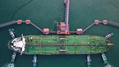 分析師認為,可從油價觀察武漢肺炎下的中國經濟活動。(圖:AFP)