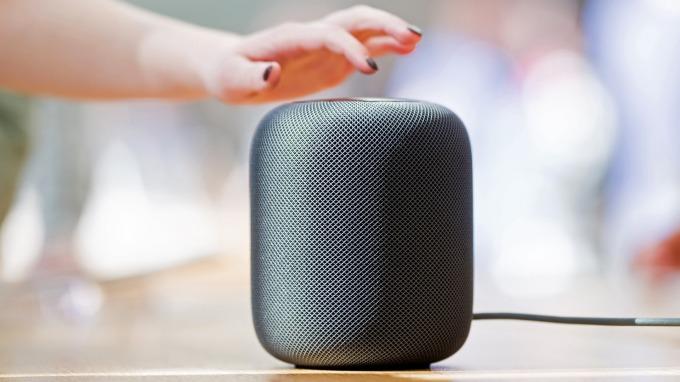 去年智慧音箱銷售量年增7成創新高,台組裝廠積極搶進。(圖:AFP)