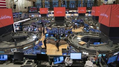 〈美股盤後〉川普政府考慮炒股減稅方案 那指標普微幅上揚。(圖片:AFP)