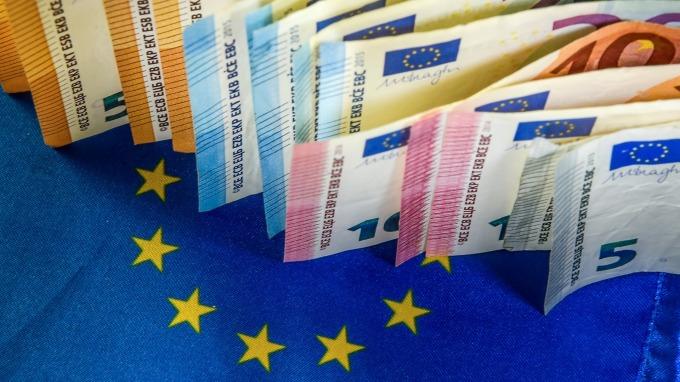 〈紐約匯市〉武漢肺炎疫情延燒 美元續漲 德國經濟停滯 歐元重摔(圖片:AFP)
