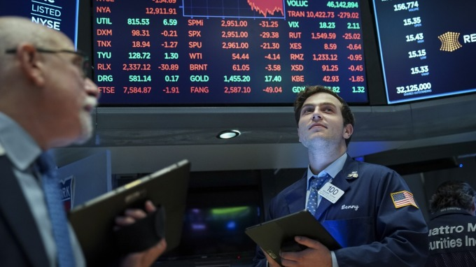 【邱志昌專欄】肺炎對股市影響是短還是長空?(圖:AFP)