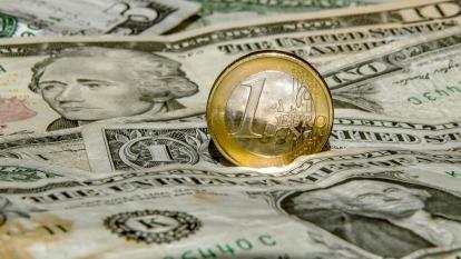 大型投機者押注美元續漲 連3週大幅加碼看壞歐元  (圖:AFP)