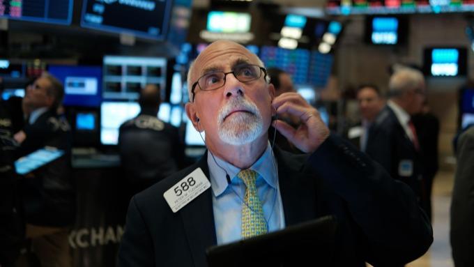 大摩策略師認為,標普500指數等美股主要指數已浮現末升段訊號。(圖:AFP)
