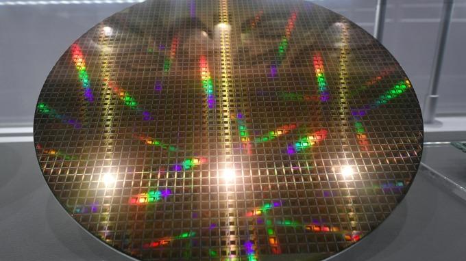 7奈米以下工藝製程需求增 高階IC製造商營收水漲船高 (圖片:AFP)