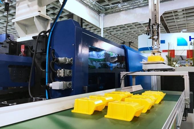 富強鑫與工研院合作開發的「智慧感測成型平台」協助塑膠射出產業邁向工業 4.0。(富強鑫提供)
