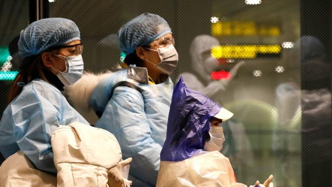 亞馬遜將下架宣稱能殺死武漢肺炎病毒的商品(圖片:AFP)