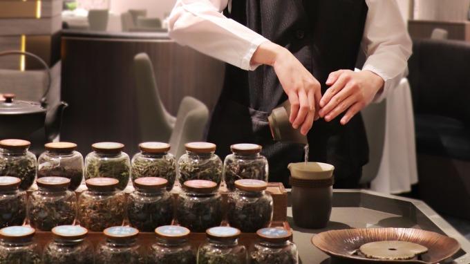 亞都麗緻首創華人圈五星飯店侍茶服務。(圖:亞都提供)