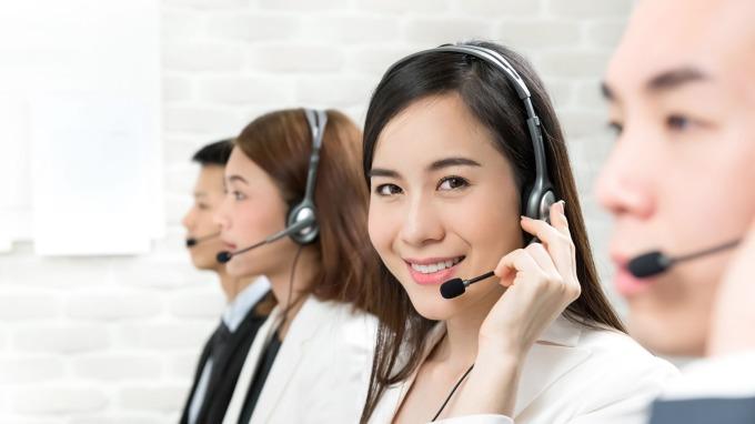 元大人壽擴大招募電銷人員60人 喊出靠一支電話挑戰百萬年薪。(圖:元大人壽提供)