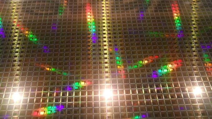 IC Insight:半導體出貨量將反彈 今年有望突破1兆單位(圖片:AFP)