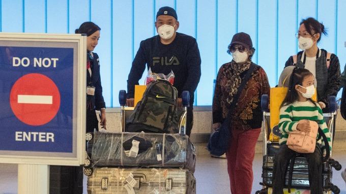 受疫情影響,旅行社退費爆量,品保協會估上半年恐有500家停業。(圖:AFP)