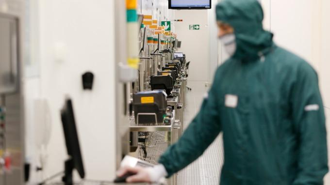 萬潤獨占CoWoS設備 今年營收雙位數成長。(圖:AFP)