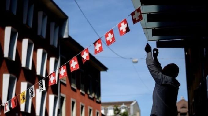 瑞士去年Q4 GDP增長下滑至0.3% 疫情恐將導致經濟加速放緩(圖:AFP)