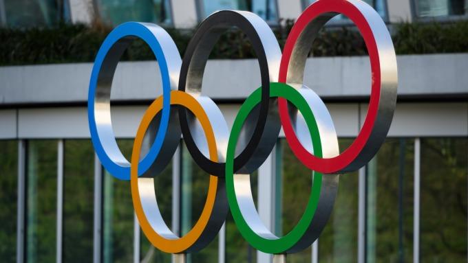 日奧運大臣:與IOC合約允許延至年底舉行 (圖:AFP)