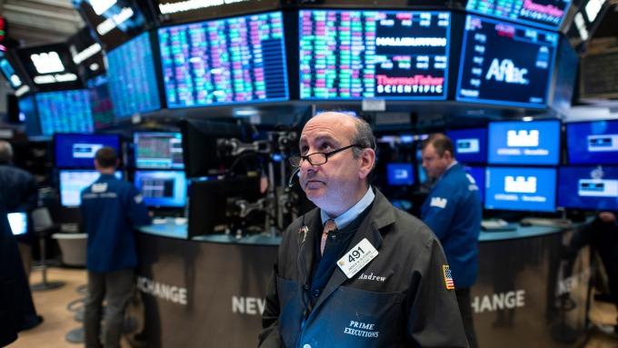 史上首見!十年期美債殖利率跌破1%。(圖片:AFP)