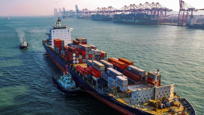 疫情肆虐 美國港口貨運量陡降20%  (圖片:AFP)