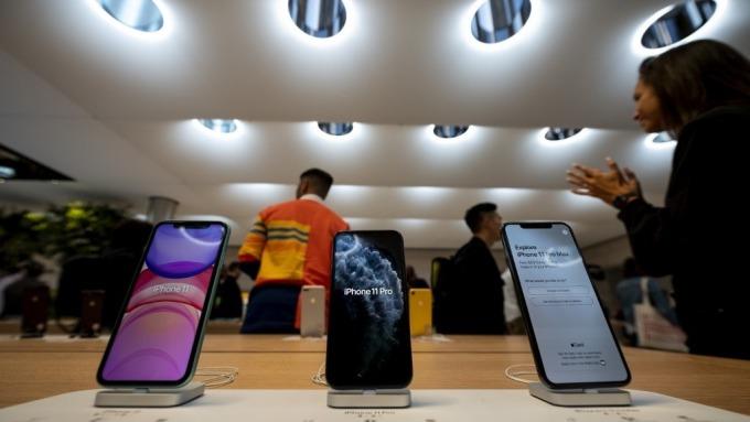 Gartner:華為手機去年銷量超蘋果 但第4季遭逆襲  (圖:AFP)
