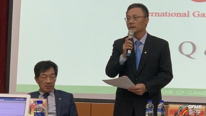 右起為鈊象董事長李柯柱、總經理江順成。(鉅亨網資料照)