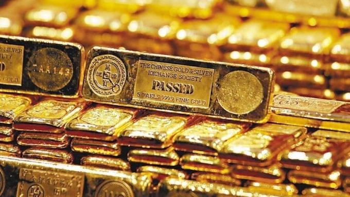「新債王」岡雷克認為此刻擁有黃金是最佳選擇。(圖:AFP)