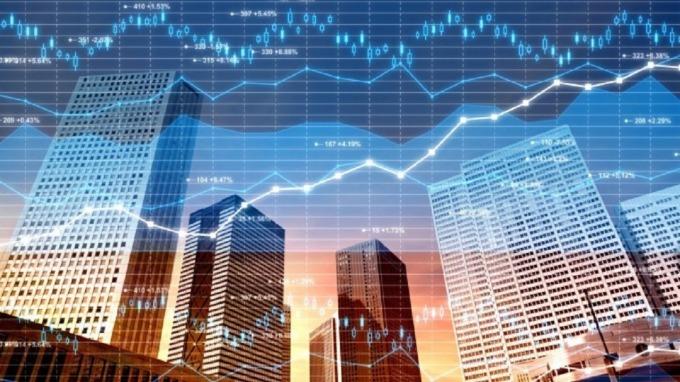 聚焦景氣敏感度較低、信用評等較高且體質健全的美國企業債,較能抗震、追求穩收益。(圖:AFP)