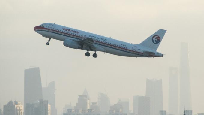 第二批滯留湖北台胞逾400人將包機返台 華航、東航執飛。(圖:AFP)