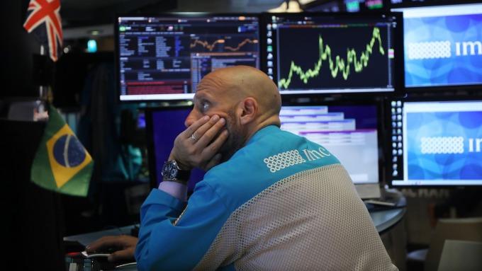 競與合,看油價。(圖:AFP)