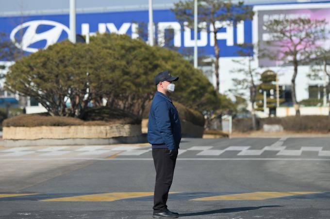 南韓汽車生產出口減少逾 1/4 看衰 3 月後車市展望 (圖片:AFP)