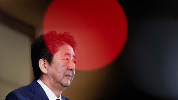 〈鉅亨看世界〉日本如何避免「令和恐慌」 (圖片:AFP)