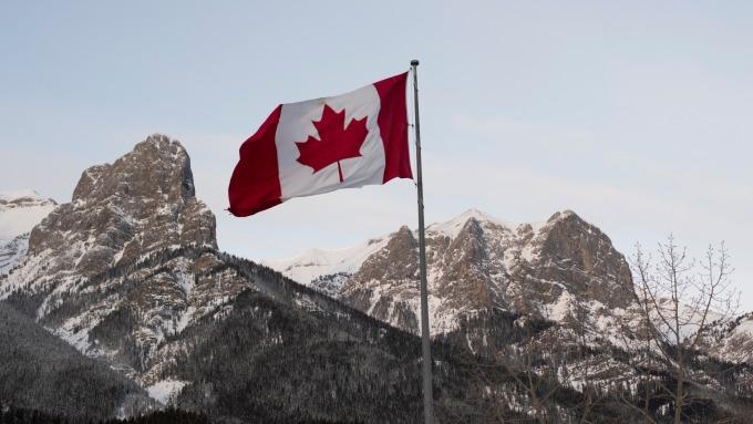 加拿大央行擴大附買回操作 暗示更大規模的財政措施(圖:AFP)
