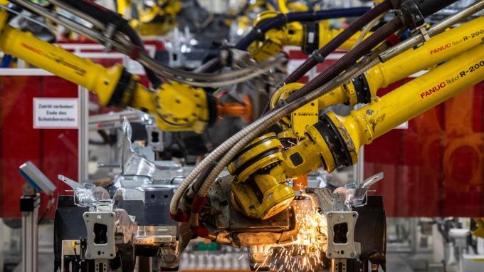 日本1月核心機械訂單月增2.9% 大幅優於市場預期 (圖片:AFP)