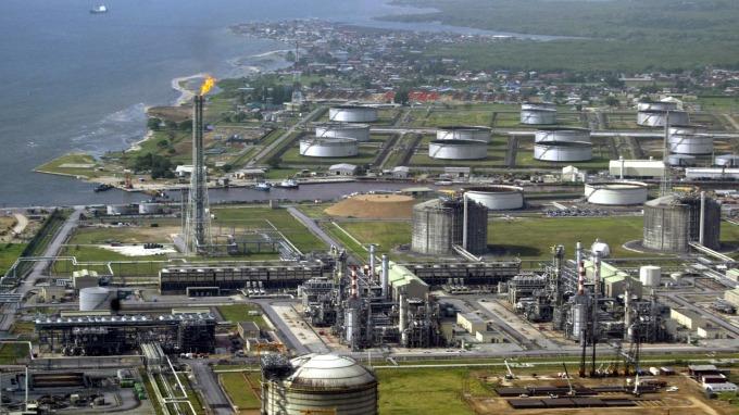 油價續跌 OPEC、IEA:發展中國家能源收入恐下滑85%(圖片:AFP)