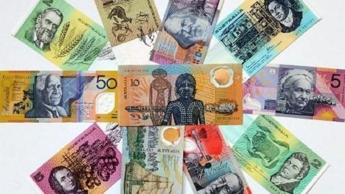 澳幣、紐幣如自由落體貶至十年新低 更大的苦難在後頭。(圖:AFP)