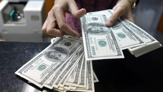 美債仍是最佳避險工具,但隨著市場追捧美債,評價面墊高也令經理人戒慎恐懼。(圖:AFP)