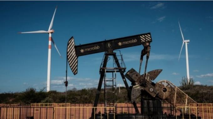 沙國增產決心不減 WTI油價創18年來新低 (圖:AFP)