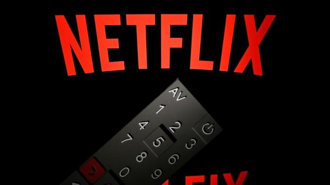 「宅經濟」受惠! 疫情重災區Netflix下載量激增(圖片:AFP)