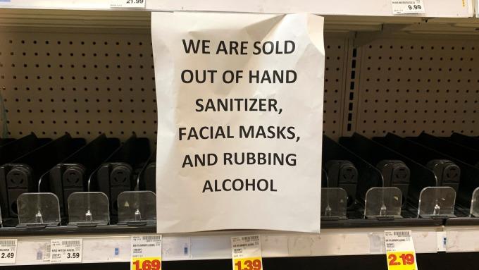 人人瘋囤物資 亞馬遜關閉Prime Pantry服務(圖片:AFP)
