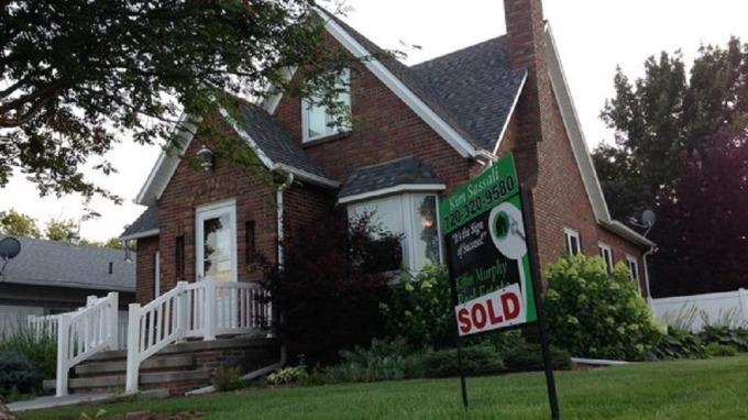 根據房仲業者調查,有超過一半以上的人認為第二季的房價會跌。(示意圖/取自photoAC)