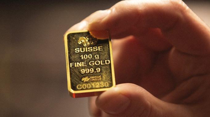 手上的黃金資產該留該賣?看6個關鍵價。(圖:AFP)