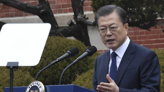 南韓宣布100兆韓元緊急援助計畫 謀求穩定股市與債市(圖:AFP)