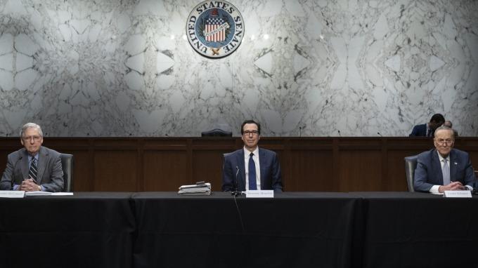 民主黨和共和黨的談判可能持續到週三。(圖片:AFP)