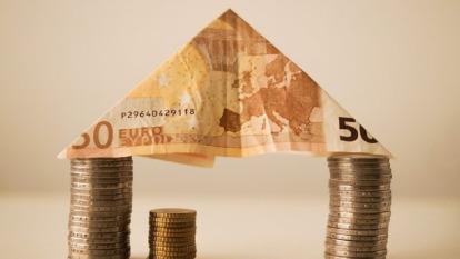 到底房價什麼時候會跌?有網友提出兩個指標認為可以觀察。(示意圖/取自pixabay)