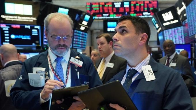 分析師:美股單日強漲不用太高興 這通常不是股市反轉信號  (圖:AFP)